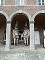 Binche.- La cour intérieure du musée du Carnaval et du Masque (2).JPG