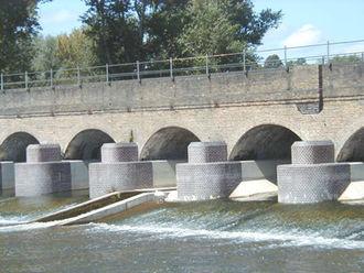 Jubilee River - Black Potts Viaduct