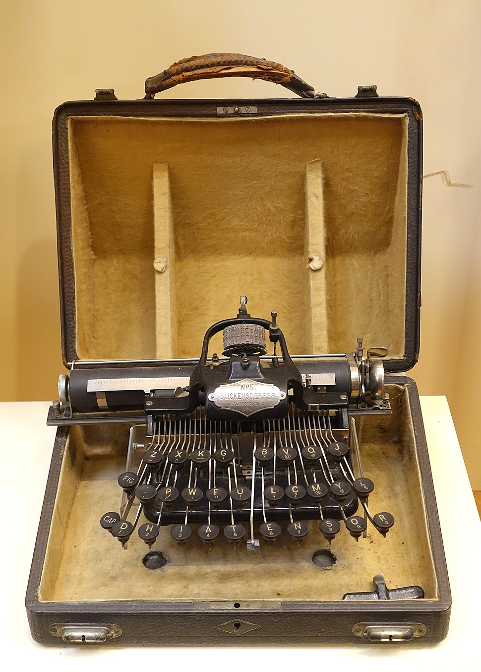 Blickensderfer No. 5 Portable Typewriter, 1889, made by Blickensdorf Manufacturing Company - Museum of Science and Industry (Chicago) - DSC06623