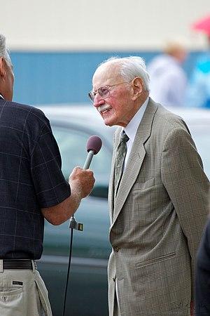 Bob Hoover - Image: Bob Hoover July 2011