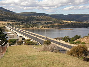 Bowen Bridge from W shore2.JPG