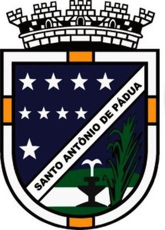 Santo Antônio de Pádua - Image: Brasãopadua 215x 300