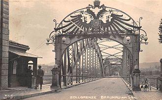 Braunau am Inn - Braunau am Inn bridge and customs checkpoint c. 1910