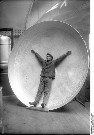 Bundesarchiv Bild 102-12481, Riesen-Alluminium...