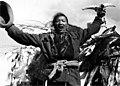 Bundesarchiv Bild 135-S-05-21-13, Tibetexpedition, Ritual, Überquerung eines Passes.jpg