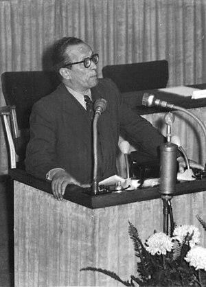 Aichach - Vinzenz Müller 1951 speaking Volkskammer Berlin