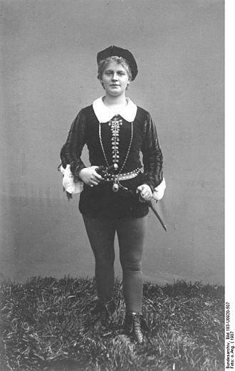 Lucie Höflich - Lucie Höflich playing Viola in the German version of Shakespeare's Twelfth Night in 1907