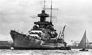 Scharnhorst-class battleship - Scharnhorst in harbor; the thickness of the armour belt is easily seen