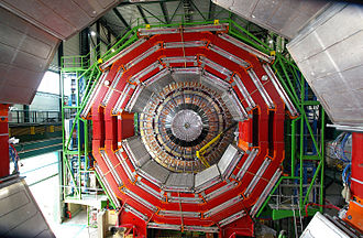 Compact Muon Solenoid - Image: CMS Under Construction Apr 05