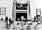 COLLECTIE TROPENMUSEUM Presidente Soekarno opent de zitting van het Republikeinse Parlement te Malang op 18 maart 1947 TMnr 10001279.jpg