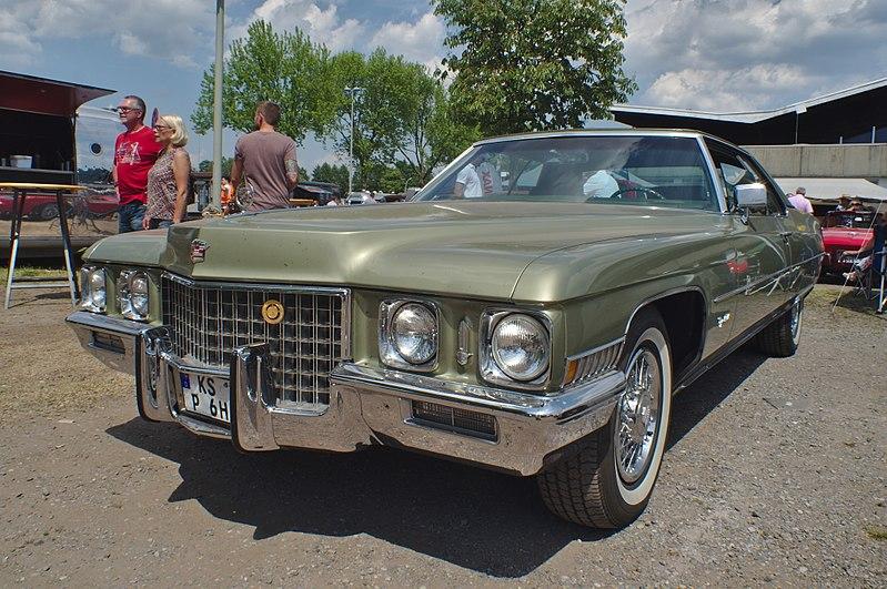 File:Cadillac (41554900025).jpg