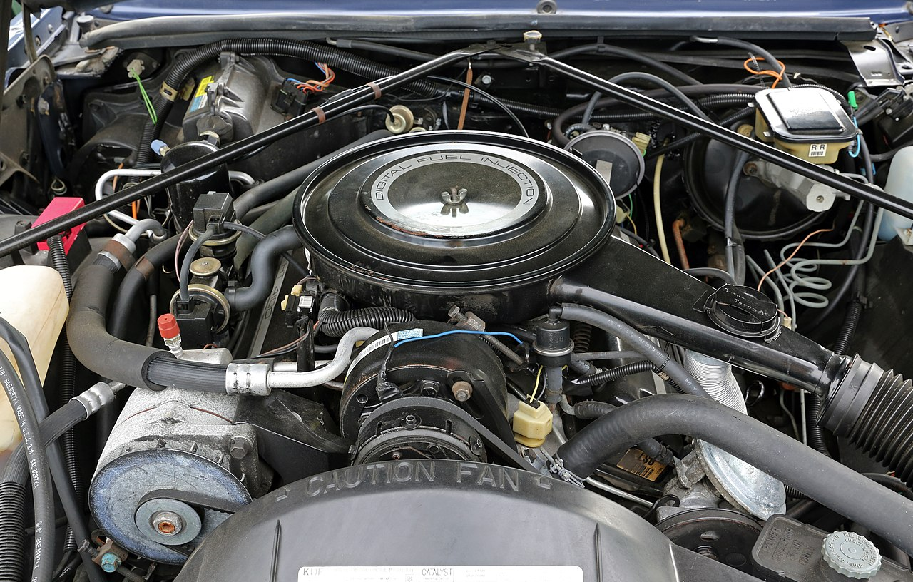 File Cadillac 4100 V8 Engine In Eldorado Jpg Wikimedia