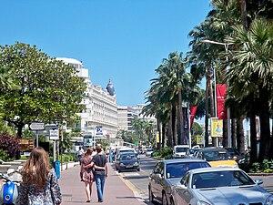 English: Boulevard de la Croisette in Cannes, ...