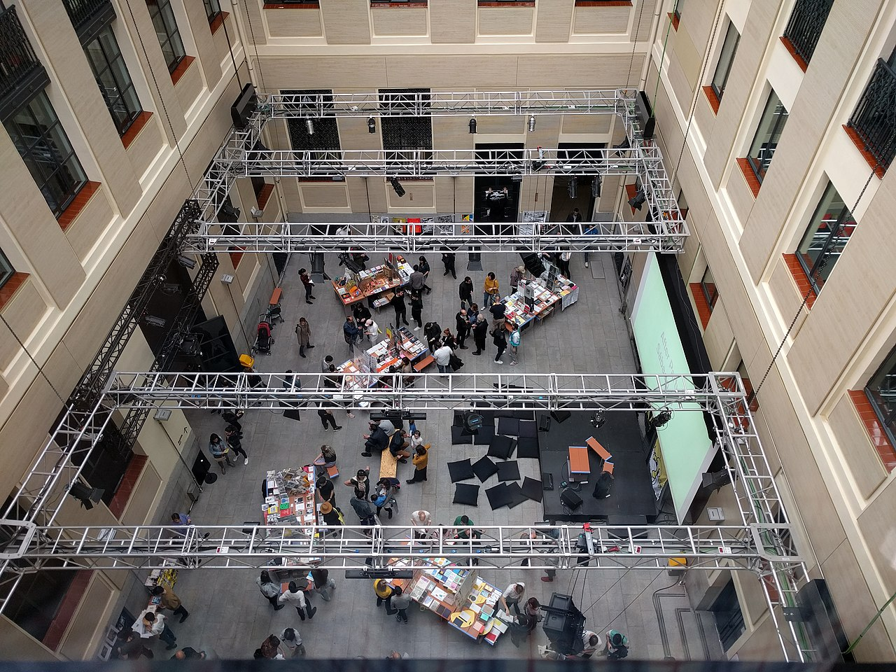 File Casa Encendida Patio Interior Madrid 2018 01 Jpg