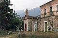 Casa Lera e chiesina di S. Giuseppe, con sullo sfondo i Monti Gemelli.jpg