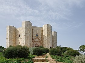 Image illustrative de l'article Castel del Monte