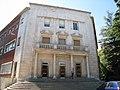 Centro de idiomas de la Universidad de León - panoramio.jpg
