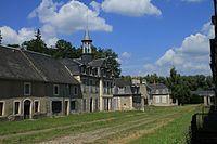 Château de La Chaussade à Guérigny, Nièvre, France.JPG