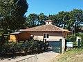 Châteauneuf-le-Rouge-FR-13-crèche municipale-01.jpg