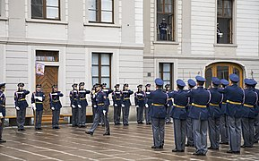 Change of guard at the Prague Castle - 9209.jpg