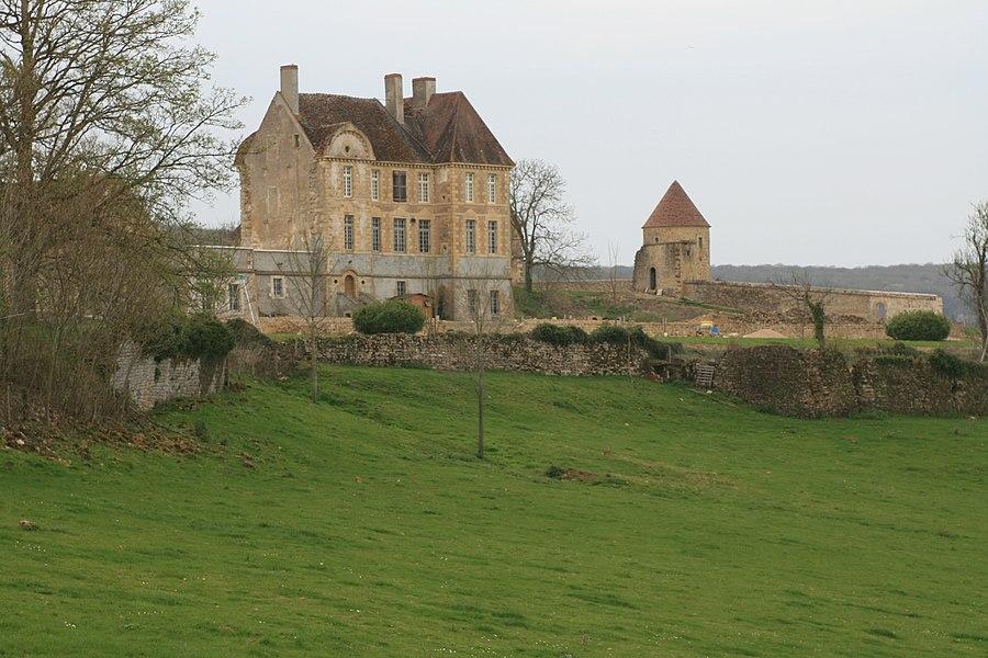 Château de Pignol, Tannay, Nièvre (17°s)