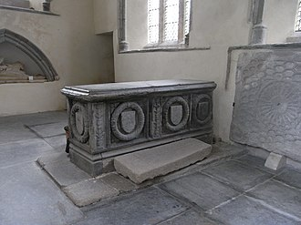 Robert Willoughby, 2nd Baron Willoughby de Broke - Chest tomb c. 1530 presumed to be that of Robert Willougby, 2nd Baron Willoughby de Broke, north transept, St.Andrew's Church, Bere Ferrers, Devon. Viewed from SW