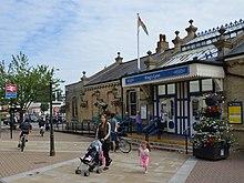 0767ddd5f98f King s Lynn railway station in July 2017