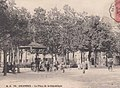 Colombes place de la Republique.jpg