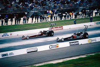 a drag race between Connie Kalitta and Dan Pas...