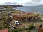Construcción de la réplica del HMS Beagle 143 - State of the art 2013 03 20 portside view from the Nao Victoria.jpg