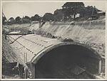 Construction of train tunnel Hyde Park, 1923 (8283765876).jpg