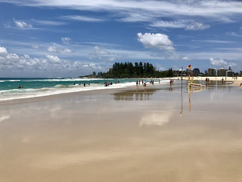 File:Coolangatta Beach, Queensland 02.jpg