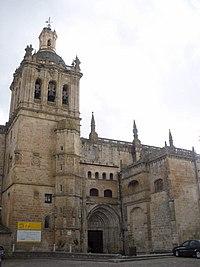 Coria - Catedral, exteriores 02.jpg