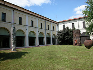 Cortile-interno web.jpg
