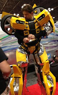 Cosplayer Bumblebee. New York Comic con 2012.jpg