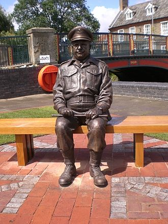Arthur Lowe - Statue of Captain Mainwaring, Arthur Lowe's Dad's Army character in Thetford.