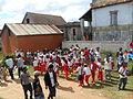 Des écoliers célébrant le nouvel an malgache à Ambohidrabiby en mars 2015.JPG