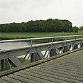 Detail van de voormalige spoorbrug, geklonken ijzer - Waalwijk - 20396352 - RCE.jpg