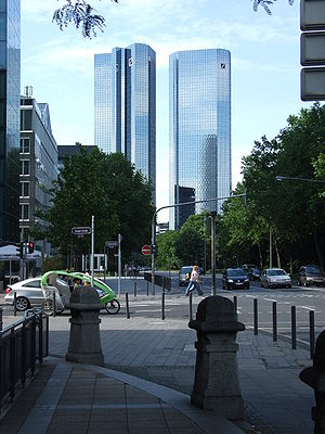 Deutsche Bank Twin Towers - Image: Deutsche bank ffm 002