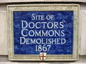 Doctors' Commons - This plaque is located on the Faraday building on the north side of Queen Victoria Street and marks the site of the now demolished Doctors' Commons.