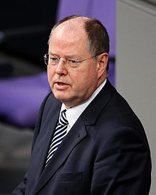 Wikipedia: Peer Steinbrück at Wikipedia: 220px-Dts_news_streinbrueck_wikipedia