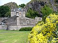 Dumbarton Castle - geograph.org.uk - 888118.jpg