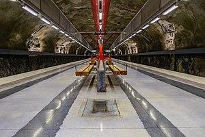 Duvbo metro station
