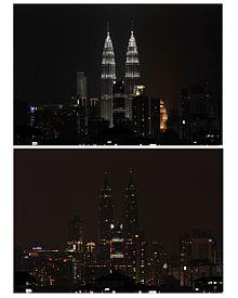 Las torres Petronas (Kuala Lumpur, Malasia) sin iluminación en la hora del planeta de 2013.
