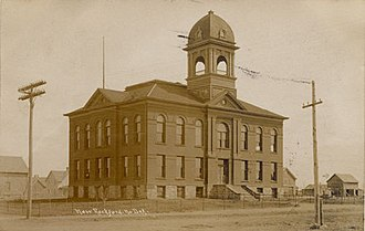 Eddy County Courthouse - Eddy County Courthouse, c. 1908