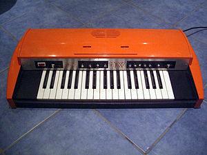 Eko Micky Keyboard http://www.youtube.com/watc...