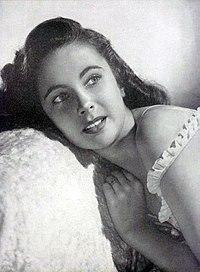 Elizabeth Taylor à l'âge de 15 ans (1947).