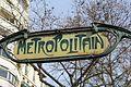 Entrée Métro Blanche Paris 1.jpg