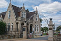 Entrance and gatehouse - Glenwood Cemetery - 2014-09-14.jpg