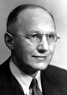 Ernest Walton Irish physicist and Nobel laureate